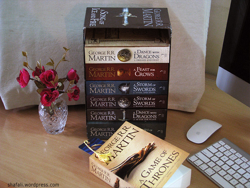 Song of Ice and Fire - the set of 7 Books - Game of thrones by George R. R. Martin.