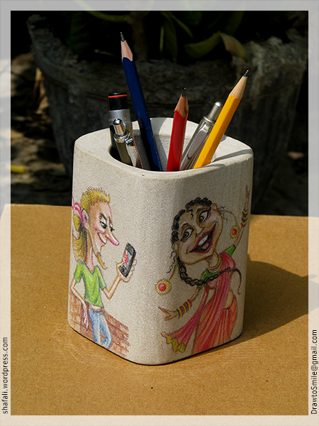 Caricatures Pen stand with pens and pencils - the gift.